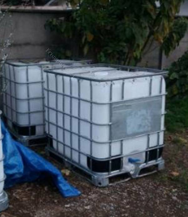 Vendo estanques ibc 1000 litros 2017 01 21 economicos de for Estanque de 1000 litros