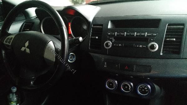 Mitsubishi LANCER  año 2008