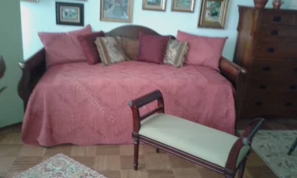 Vendo sofa cama laura ashley plaza y media buen estado for Divan cama plaza y media