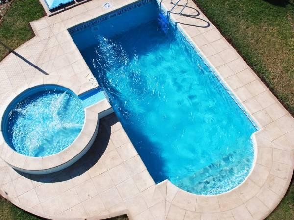 piscinas fibra de vidrio estanques de agua ventajas de tener una piscina de fibra de vidrio rpida instalacin aptas para instalar en cualquier tipo de - Piscinas De Fibra De Vidrio