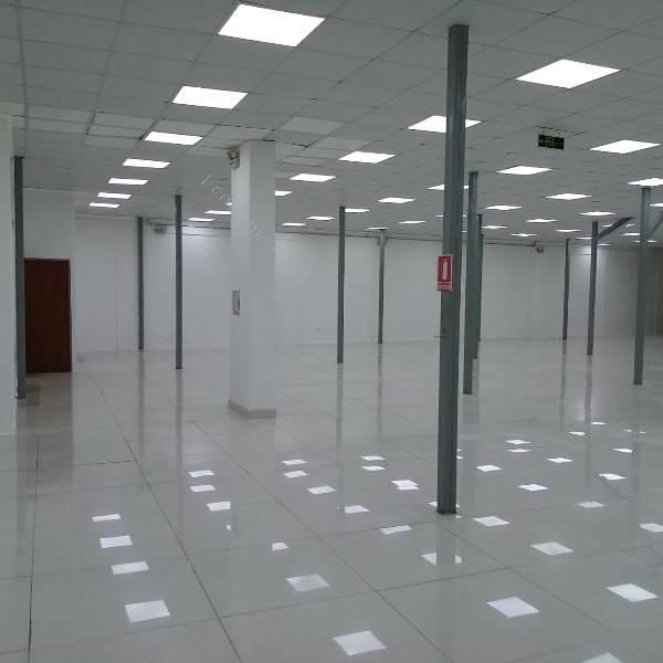 local comercial centro arica