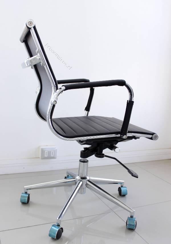 Silla De Oficina Staub Mobiliario Usada De Eco/cuero Negro ...
