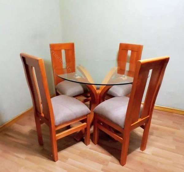 Juego comedor nuevo 4 sillas mesa vidrio madera 2017 05 16 for Lo ultimo en sillas de comedor