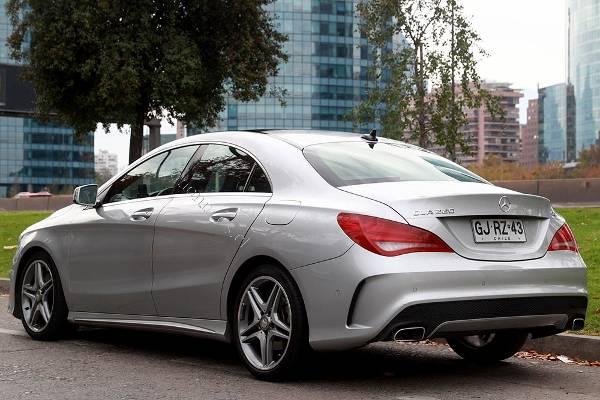 Elegante y deportivo mercedes benz cla 220 look amg 2014 for Mercedes benz deportivo