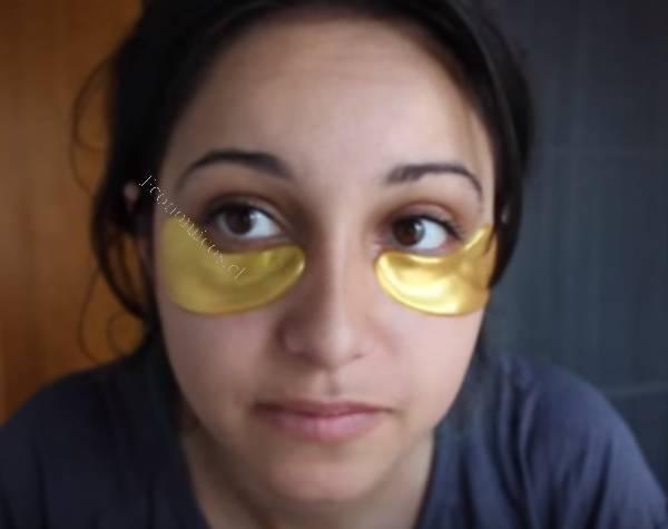 La calabaza congelada la máscara para la persona