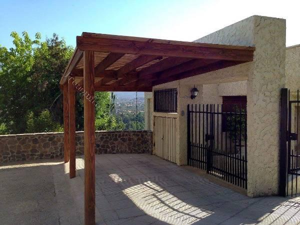Terrazas pergolas quinchos y cobertizos 2015 12 14 for Fotos de patios con piletas