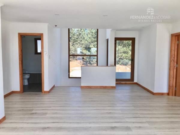 Casa Dos Pisos Balcón Y Terraza 4d 4b Concon 2019 02 25 En