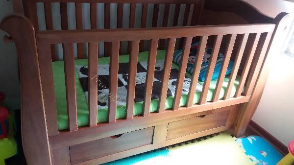 Cuna de madera raul que se convierte en cama 2017 05 04 - Cunas que se convierten en camas ...