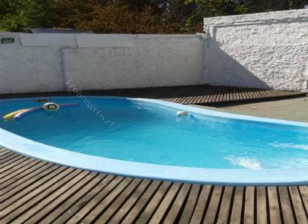 Piscina fibra de vidrio 2015 09 05 economicos de el mercurio for Modelos de piscinas de fibra de vidrio