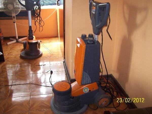 Vendo lavadora de alfombra marca taski 2015 11 28 for Vendo alfombra