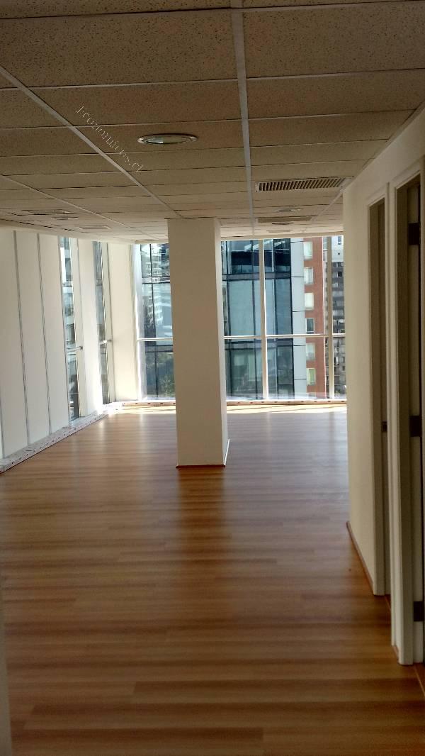 Arriendo arriendo excelente oficinas providencia for Arriendo oficina providencia