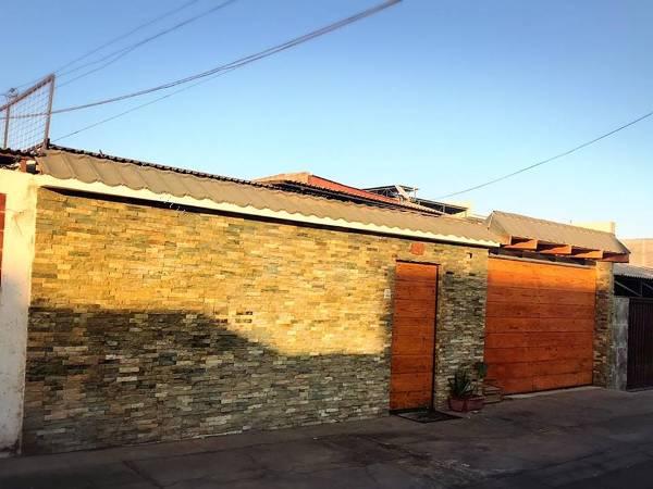 venta casa solida cuatro dormitorios dos baños en arica