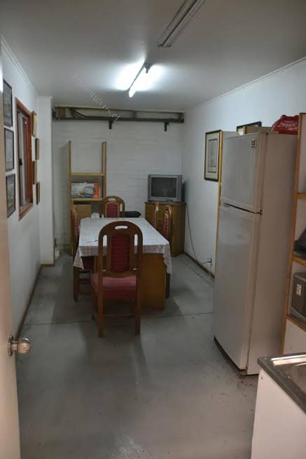 Franklin galpon 700 m2 construidos bodegas oficinas for Oficina consumo santiago