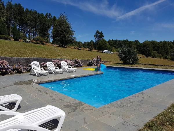 Construcci n de piscinas 2017 04 20 economicos de el mercurio for Construccion piscinas chile