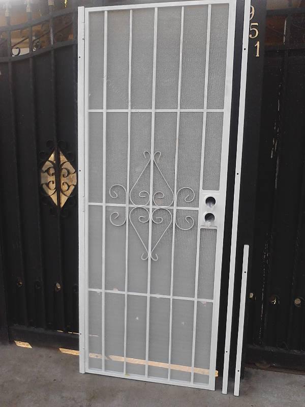 Vendo puertas metalicas de proteccion exterior 2015 08 28 - Puertas metalicas jardin ...
