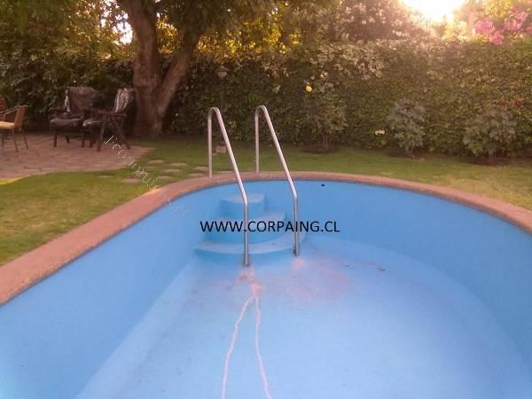 Escaleras para piscinas 2016 07 05 economicos de el mercurio for Piscina walker martinez