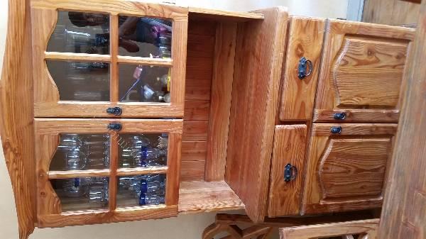 Muebles pino oreg n 2015 02 23 economicos de el mercurio for Muebles pino baratos