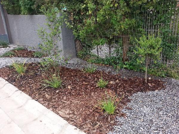 vendo corteza de pino para jardines 20150309 Economicos de El Mercurio