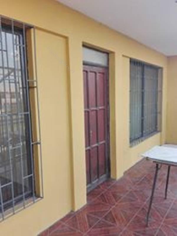 arriendo amplia casa con local en avenida principal de arica